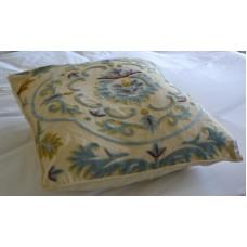 Crewel Pillow Sham Medallion Cream Cotton Euro (26x26)